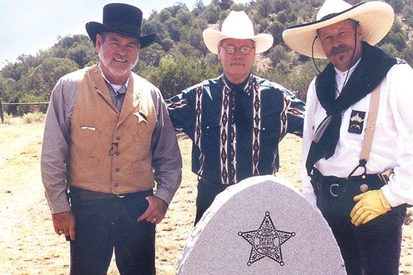 Sheriff_s-at-Bell-grave