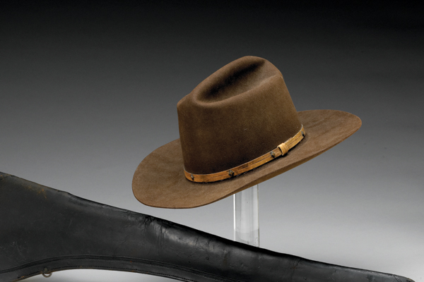 john-wayne-hat-collecting-the-west