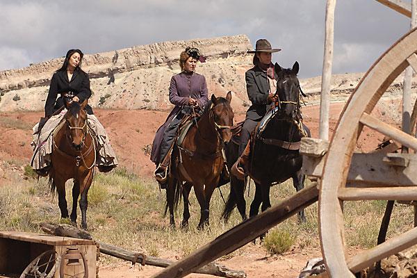 westerns_far_side_of_jericho_indie_movie_lissa_negrin_judith_burnett_suzanne_andrews