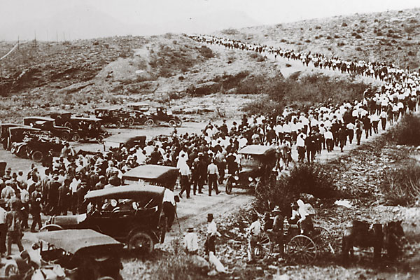 The Bisbee deportation continues Western labor troubles.
