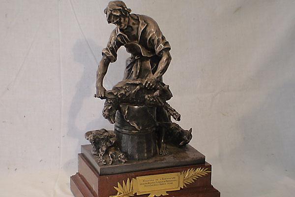 Estate auction reveals Jack Palance's love of art.