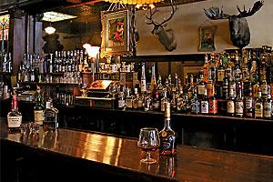 2009_hotel_saloon