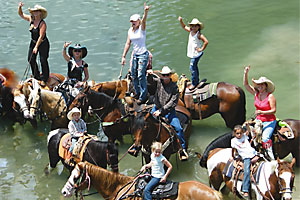 sunday_ride_river_longhonr_saloon_bandera_texas_horses