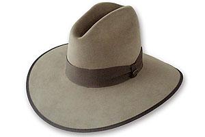 hatmaker_manufacturer_beaver_brand