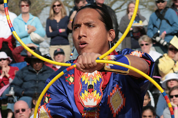 tony-duncan_offical_native_dancers_arizona_hoop-dancing-revive
