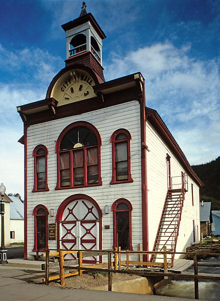 Old City Hall on Elk Avenue is just one of the beautifully restored buildings to be seen in Crested Butte.– By Walter Smalling 1978/Library of Congress –