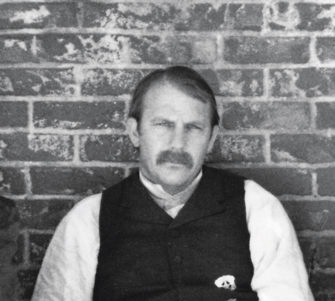 Kevin CostnerWyatt Earp, 1994