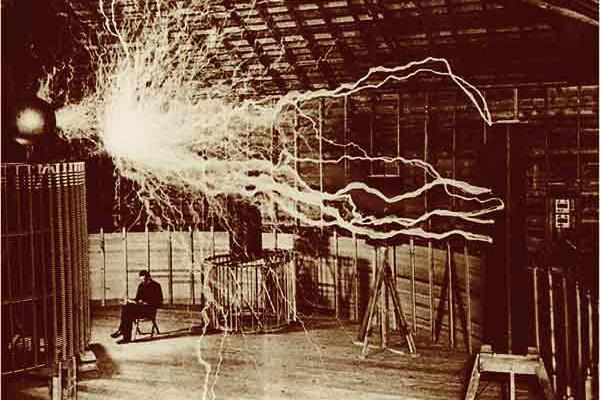 Tesla-colorado-springs-laborator