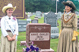 anne-oakley-gravesite