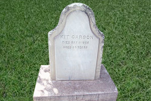 kit-carson-gravestone