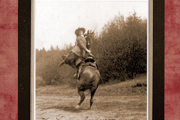 buffalo-girl-adele-von-ohl_riding-dare-devil