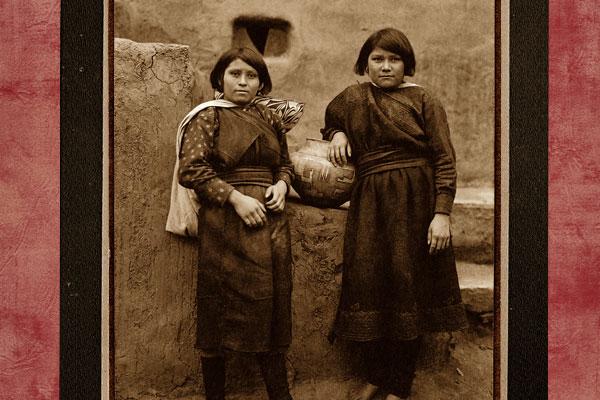 zuni-indian-girls
