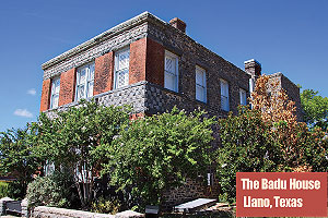 The-Badu-House_Llano-Texas