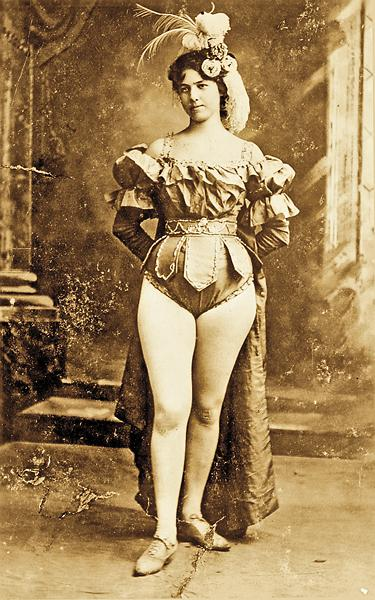 Kate Rockwell gained notoriety as Klondike Kate by dancing in vaudeville shows during the Klondike Gold Rush. The rebellious dancer was engaged more than 100 times and married at least three.–All images True West Archives unless otherwise noted –