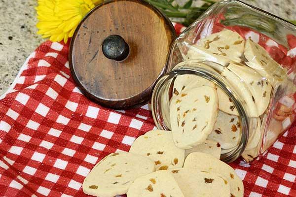 Frontier-Fare-Hermit-Rasin-Cookies