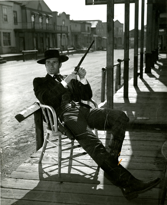 Hugh O'Brian as Wyatt Earp with his super weapon, The Buntline Special