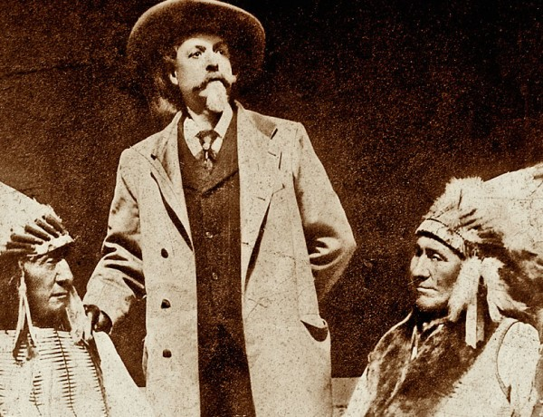 RR_Oglala-Lakota-leaders-Red-Cloud-and-American-Horse-posed-for-their-photograph-with-Buffalo-Bill-Cody-