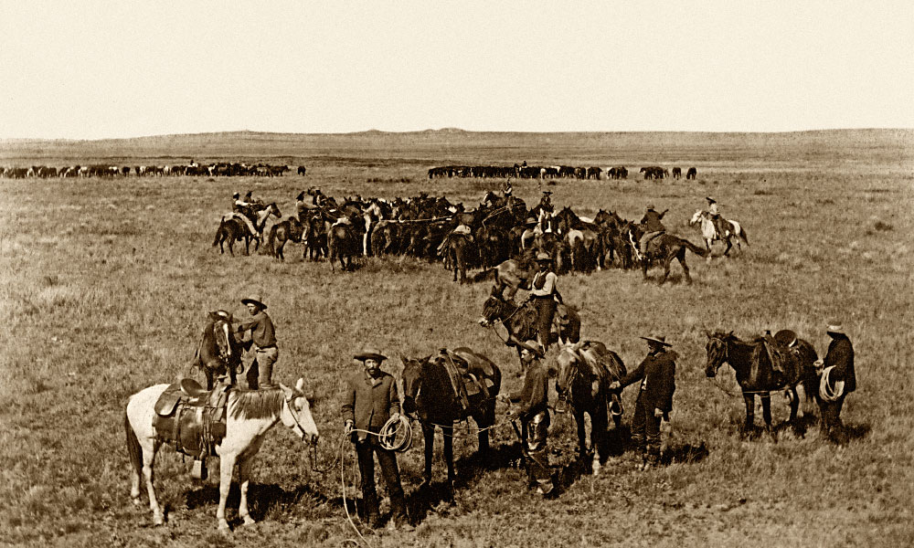 Hi Lo Country Cattle ranchers on the eastern plains of New Mexico employed large crews of working cowboys to work their extensive land holdings. – Courtesy Robert G. McCubbin Collection –