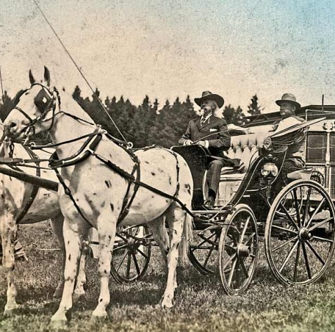 WWS_lead_Buffalo-Bill-Cody-driving-past-the-Sells-Floto-Circus-ticket-office