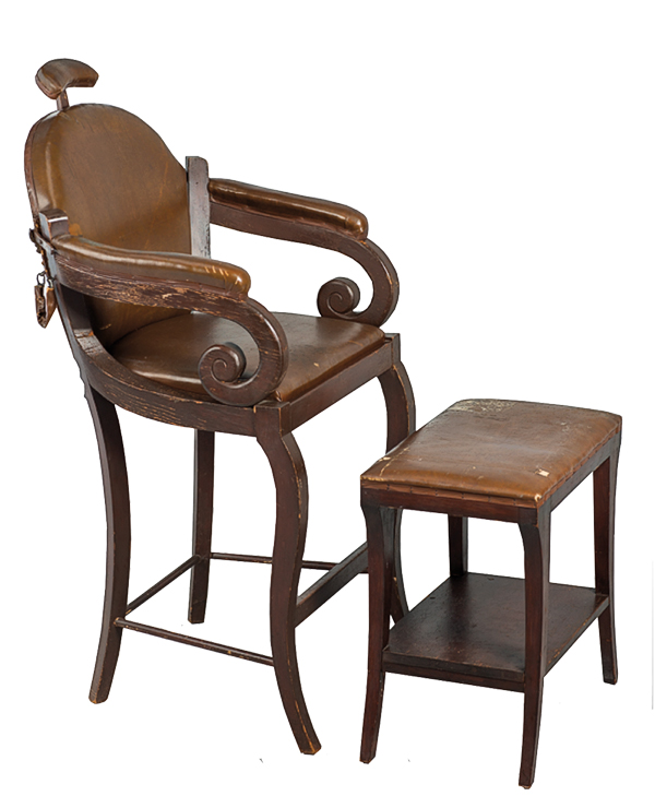 CTW_111-Barber-Chair-and-stool-used-in-My-Darling-Clementine_scaled