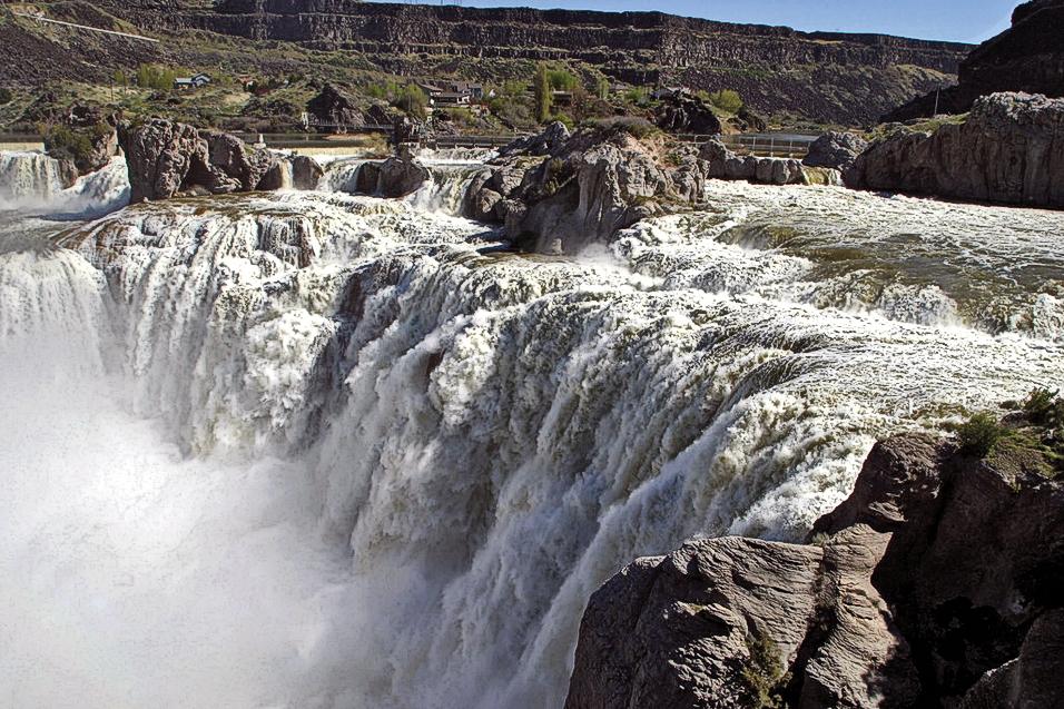 RR_ID-Shoshone-Falls-Snake-River-Ron-Gardner-Idaho-Tourism-2951_scaled