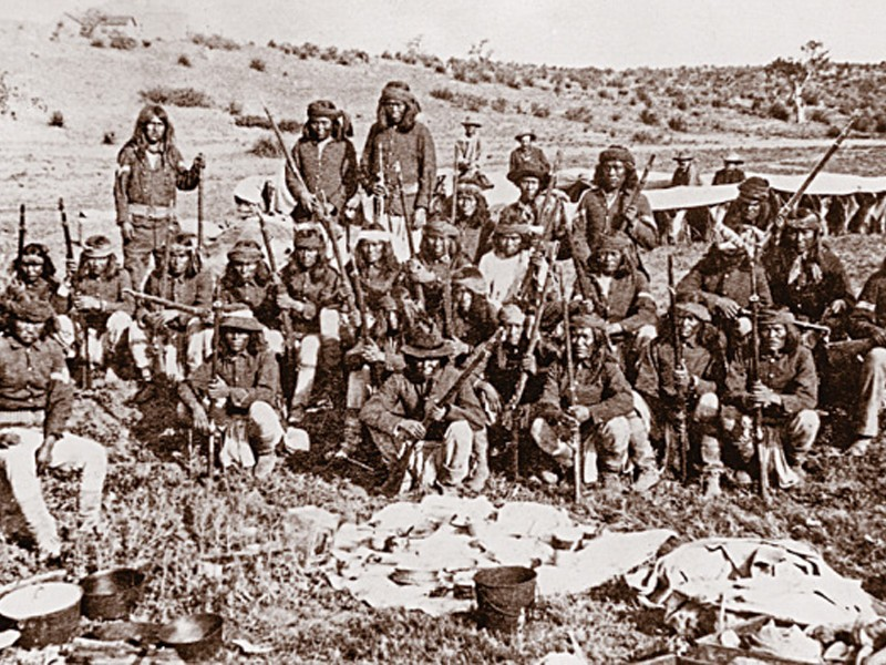 lead-Capt-Crawford's-Apache-Scouts