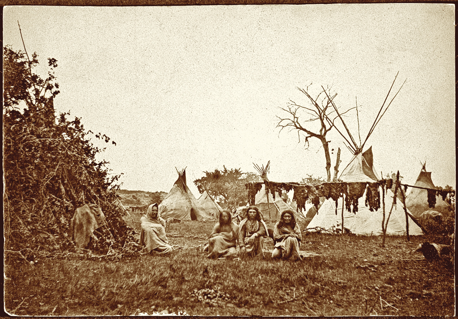 F_TX_Comanche-buffalo-hunters-and-their-tepee-lodges