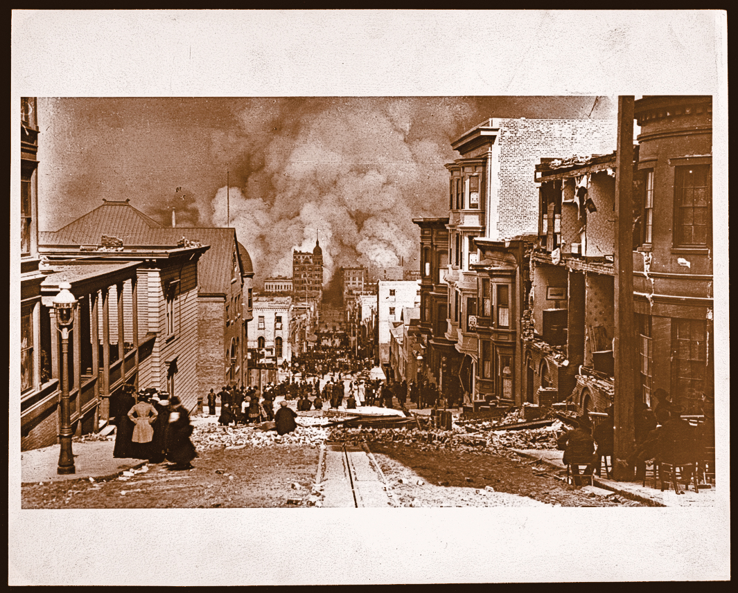 SV_San-Francisco-earthquake_people-standing-on-Sacramento-Street-watching-the-fire-in-the-distance-by-Arnold-Genthe-1906_LOC-07750u_scaled
