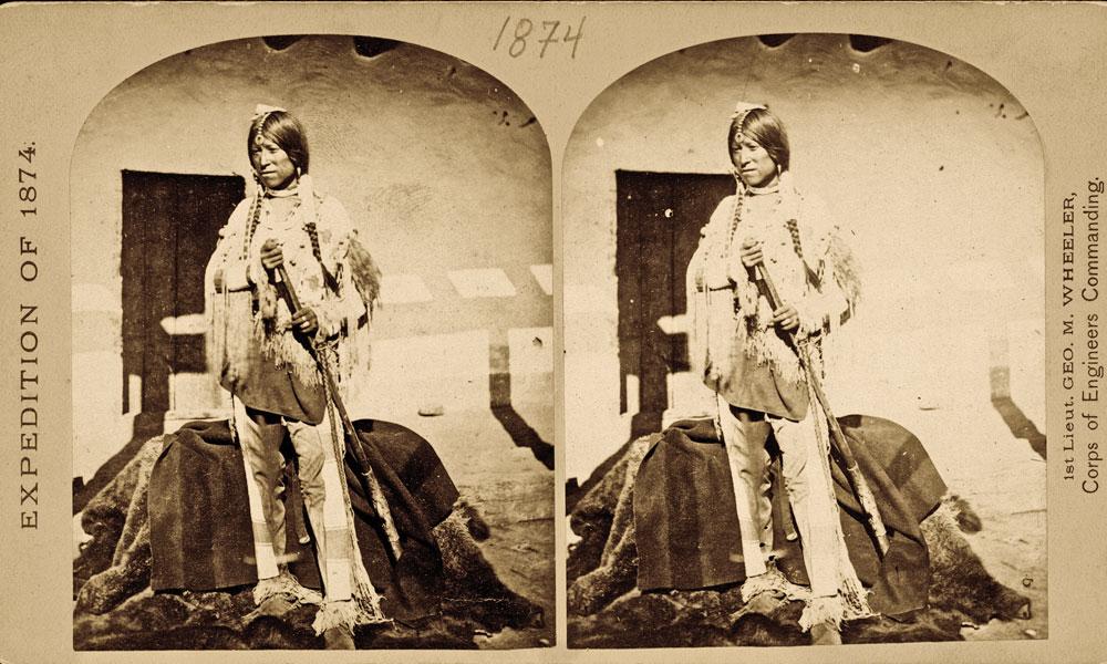 BOW-FA_Shee-zah-nan-tan_Jicarilla-Apache-Brave-in-characteristic-costume