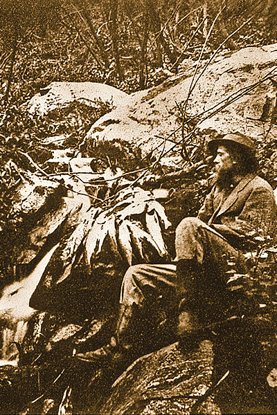 Hayden-Expedition_Thomas-Moran-guest-artist-for-the-Hayden-Survey,-photographed-by-William-H-Jackson-in-1871