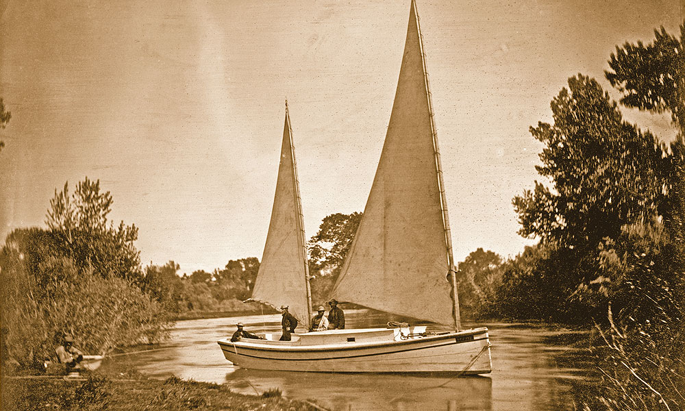 LEAD-BOW-HT_Clarence-King's-Geological-Exploration-of-the-Fortieth-Parallel_Expedition-exploring-boat_Truckee-River-four-men-sailing-the-boat-along-the-river-by-Timothy-H.-O-Sullivan_1867