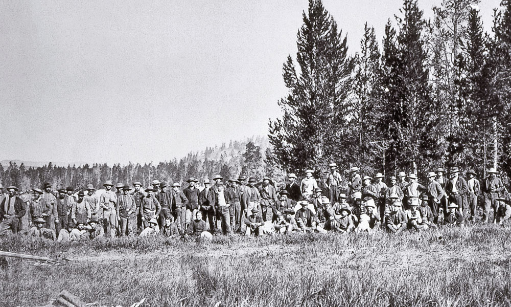 Lead-BOW-WW_Geological-Survey-Expedition-members-at-Firehole-Basin-1872-photo-by-William-Henry-Jackson