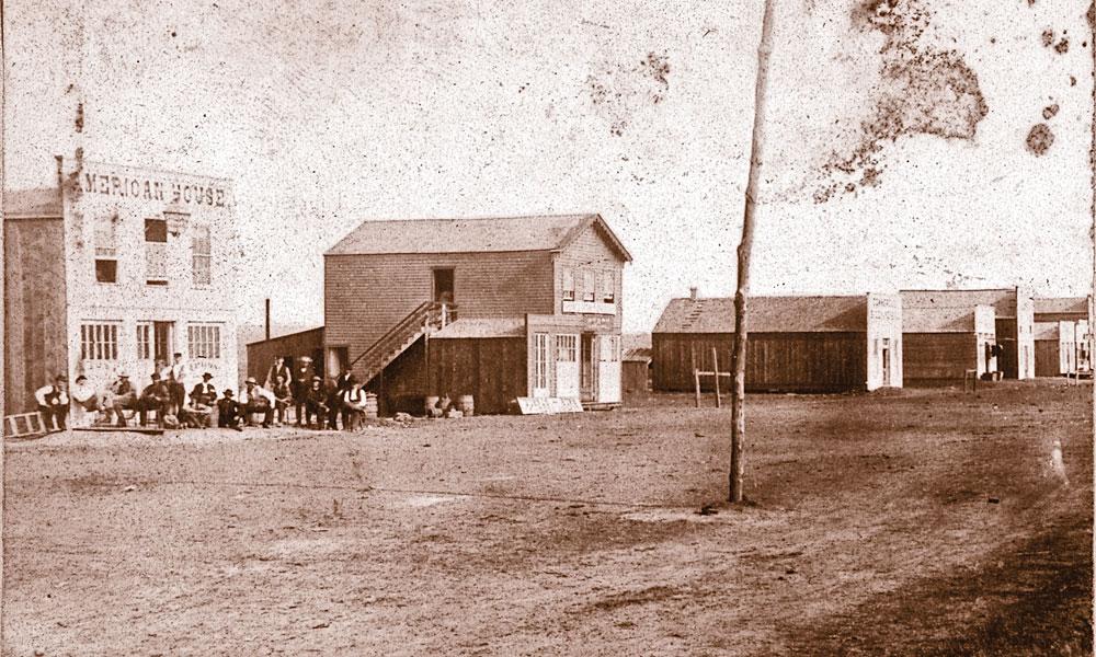 IH_North-side-of-Main-Street,-Ellsworth,-IH-Kansas-by-Alexander-Gardner_186