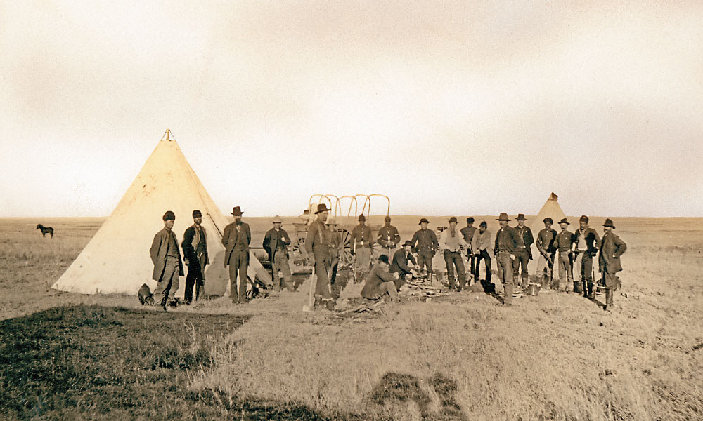 OI_1883_David-Payne-and-his-boomers-gathered-along-the-North-Canadian-River-near-present-day-Oklahoma-City-and-established-Camp-Alice