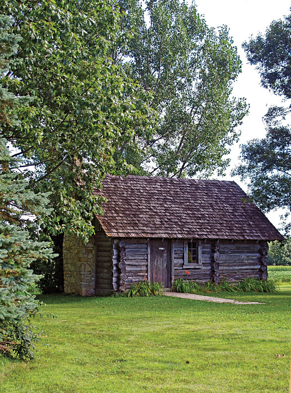 RR_Little-House-in-the-Big-Woods_Wayside-WI