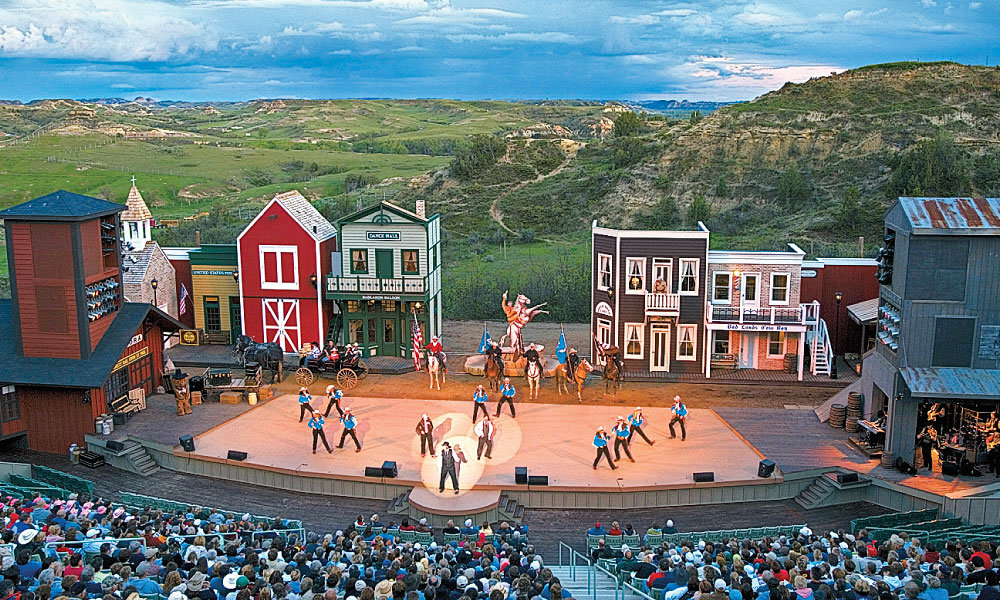 TWT_-Medora-Musical-is-presented-for-three-months-every--summer-in-the-Burnt-Hills-Amphitheatre